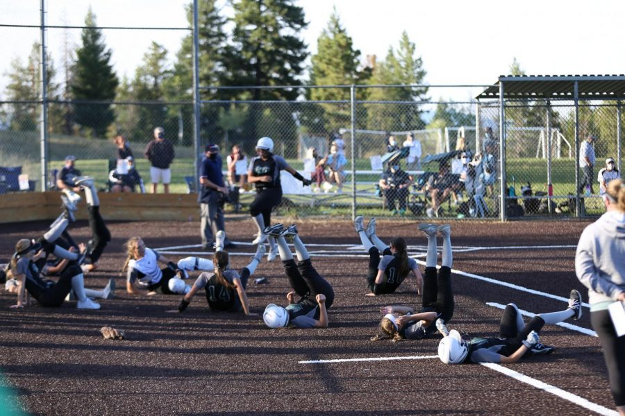 The+Lady+Lobos+show+their+appreciation+for+Junior+Cheyenne+Prieto%27s+game-winning+homer+at+the+bottom+of+the+6th+inning+during+the+rivalry+game+on+Monday%2C+September+14.+Conifer+took+the+game%2C+10-0.